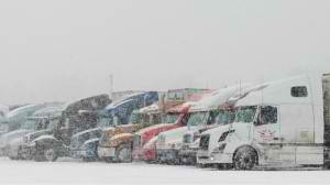 Trucks Stranded During Winter Drayage
