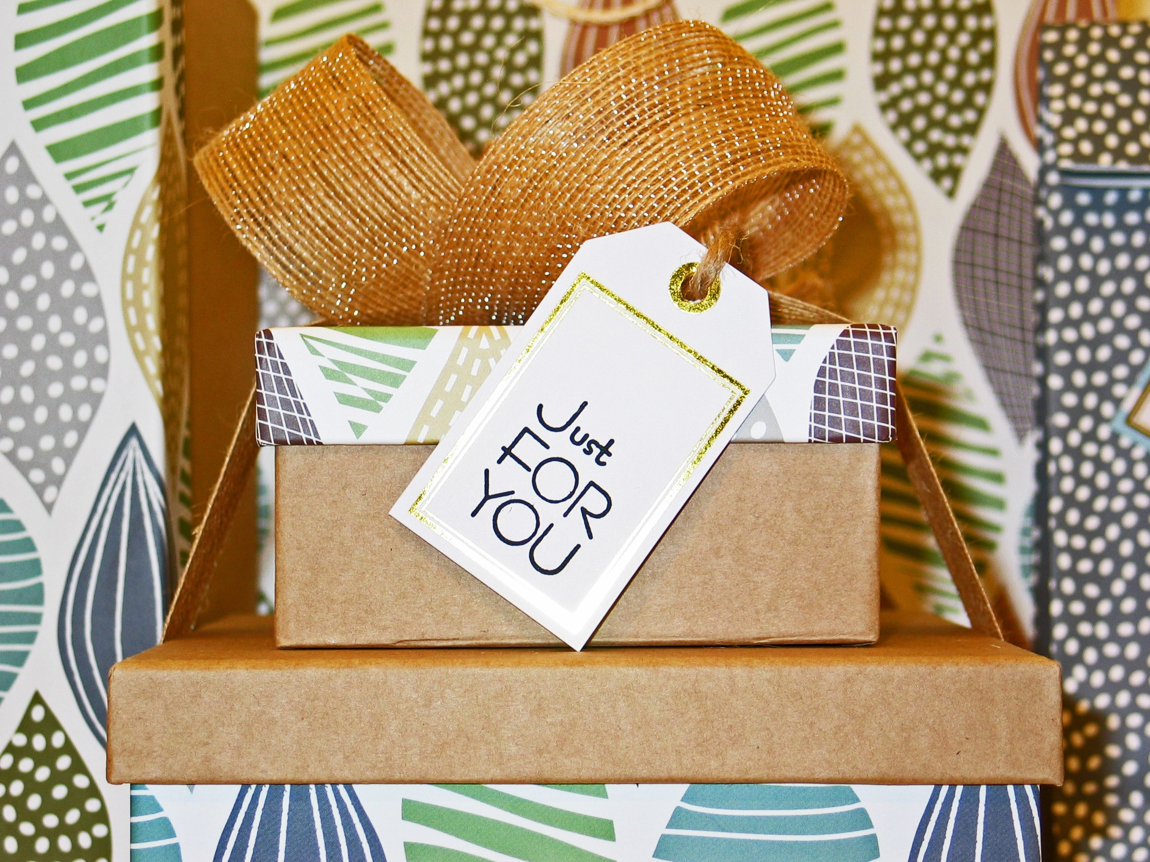 How to Start Up a Subscription Box Company